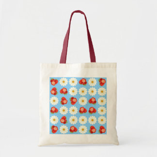 Strawberries and daisies tote bag