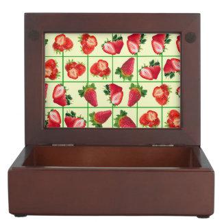 Strawberries pattern keepsake box