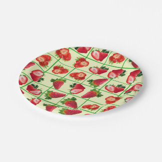 Strawberries pattern paper plate