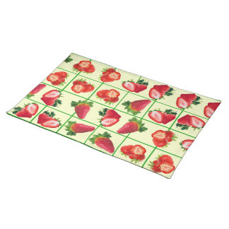 Strawberries pattern placemat