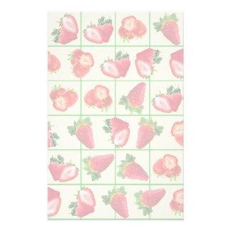 Strawberries pattern stationery