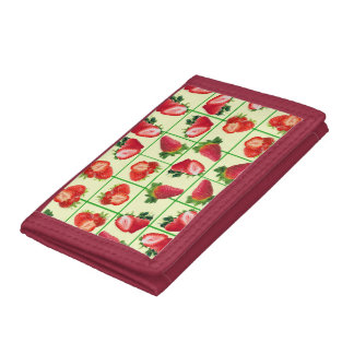 Strawberries pattern tri-fold wallet