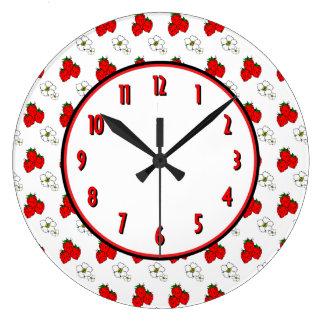 Strawberry Flower Retro Kitchen Wall Clock