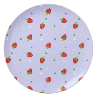 Strawberry Pattern with Lilac Background Dinner Plate