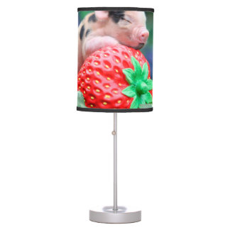 strawberry pig table lamp