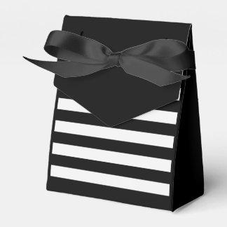 Striped bag wedding favor box