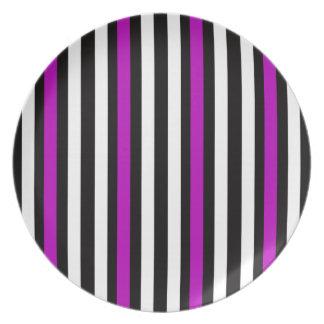 Stripes Vertical Purple Black White Plate