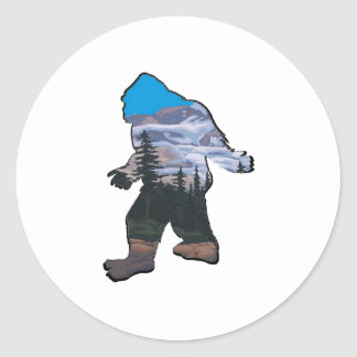 STROLL IN MOUNTAINS CLASSIC ROUND STICKER