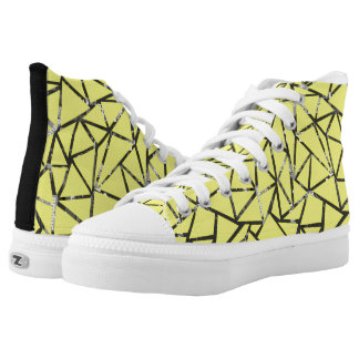 Structure of triangles with a collage high tops