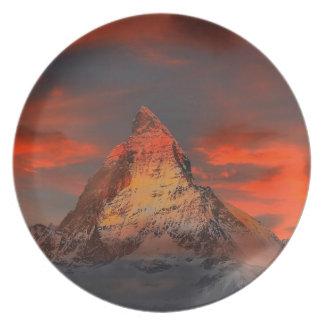 Stunning matterhorn red sky landscape party plate