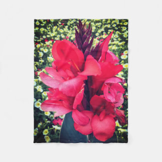 Stunning Red Flower Fleece Blanket