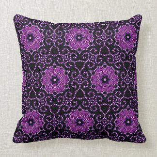 """""""Style"""" Vintage Fushia_40's Era Throw Pillow"""