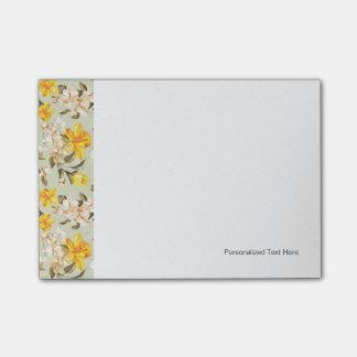 Stylish beautiful bright floral pattern post-it notes