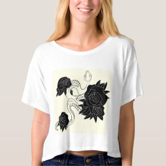 Stylish casual T-shirt with snake and roses.