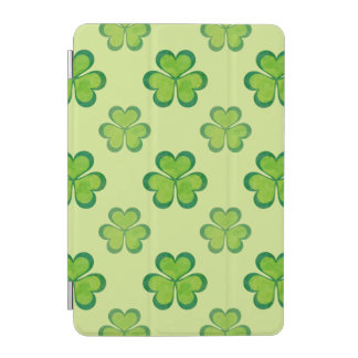 Stylish Green Lucky Shamrocks Clovers Pattern iPad Mini Cover