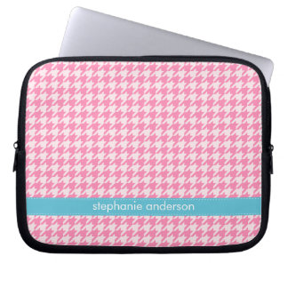 Stylish Hot Pink Houndstooth Pattern Laptop Sleeve