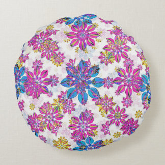 Stylized Floral Ornate Pattern Round Pillow
