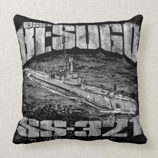 Submarine Besugo Throw Pillow