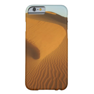 Sudan, North (Nubia), dunes in the desert Barely There iPhone 6 Case