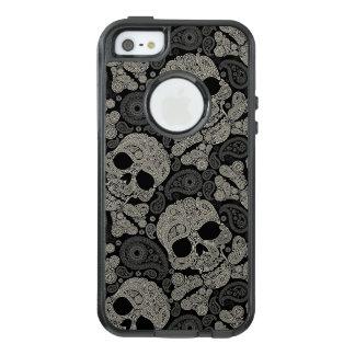 Sugar Skull Crossbones Pattern OtterBox iPhone 5/5s/SE Case