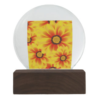 Summer colorful pattern yellow tickseed snow globe