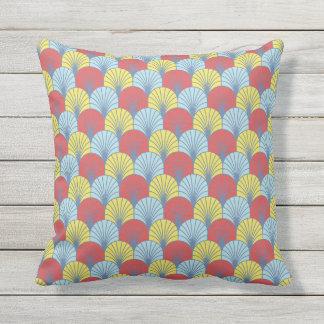 Summer Fans Scallop Pattern Throw Pillow