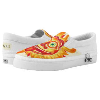 Summer shiny sun grinning and sticking tongue out Slip-On sneakers