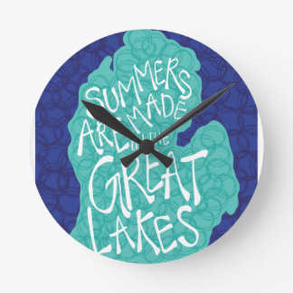 Summers Are Made In The Great Lakes - Apron Round Clock