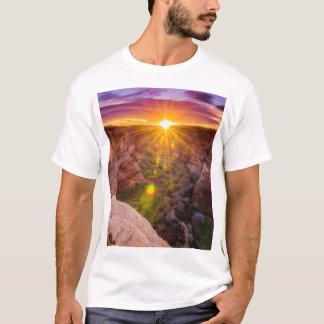 Sunburst at Canyon de Chelly, AZ T-Shirt