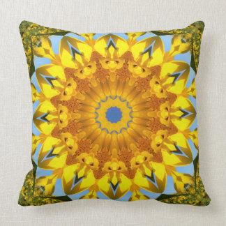 Sunflower Nature, Flower-Mandala (Blumen-Mandala) Throw Pillow