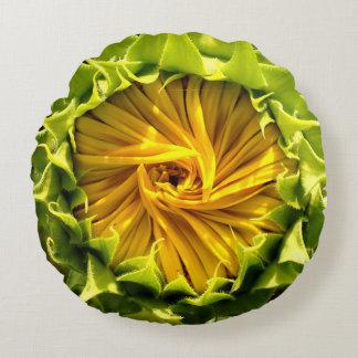 """Sunflower whirl Throw Pillow (16"""")"""