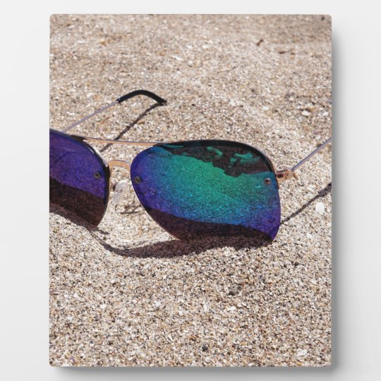 Sunglasses Plaque