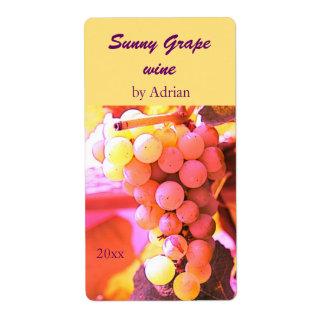 Sunny grapes wine bottle label