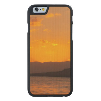 Sunrise Carved® Maple iPhone 6 Case