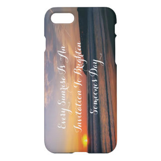 Sunrise over the beach iPhone 7 case