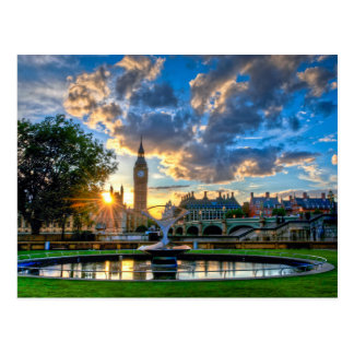Sunset behind the Houses of Parliament Postcard