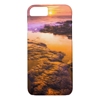 Sunset over tide pools, Hawaii iPhone 8/7 Case
