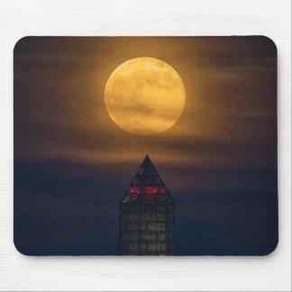 Supermoon Over Washington Monument Mouse Pad