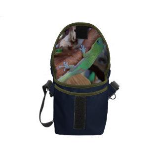 Suprise inside - Gecko Friend Messenger Bags