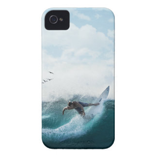 Surf up iPhone 4 covers