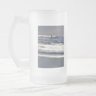 Surfer 16 Oz Frosted Glass Beer Mug