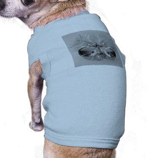 Surfer, lunettes de soleil avec la planche de surf t-shirt pour chien