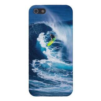 Surfer on Green Surfboard iPhone 5/5S Case
