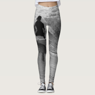Surfing The Waves Grayscale Leggings