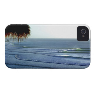 Surfing Waves Breaking in Bali iphone iPhone 4 Covers