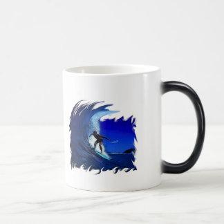 Surfs up! magic mug