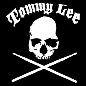 White Skull and Drumsticks