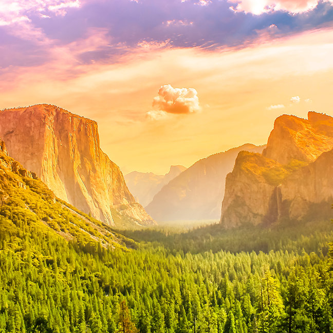 Tunnel View of Yosemite National Park