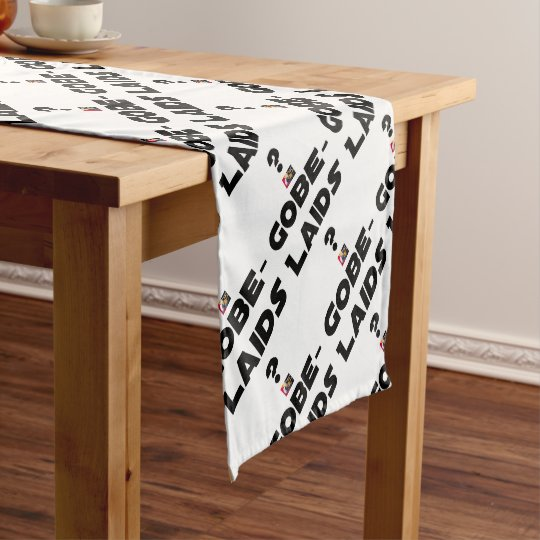 Swallow-ugly?! - Word games - François City Short Table Runner
