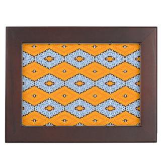 Swallowtail Diamond Pattern Keepsake Box